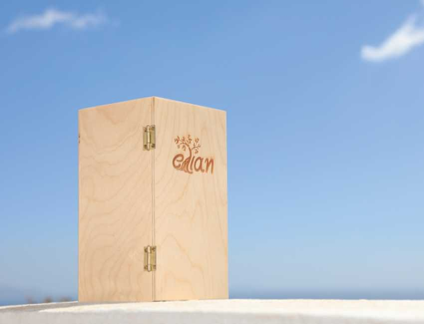 Ξύλινο Κουτί Δώρου Έλιαν πλάγια αριστερή όψη