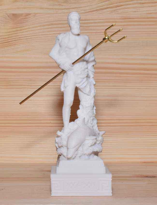 Αρχαίο Ελληνικό Άγαλμα Ποσειδώνας λευκό 1